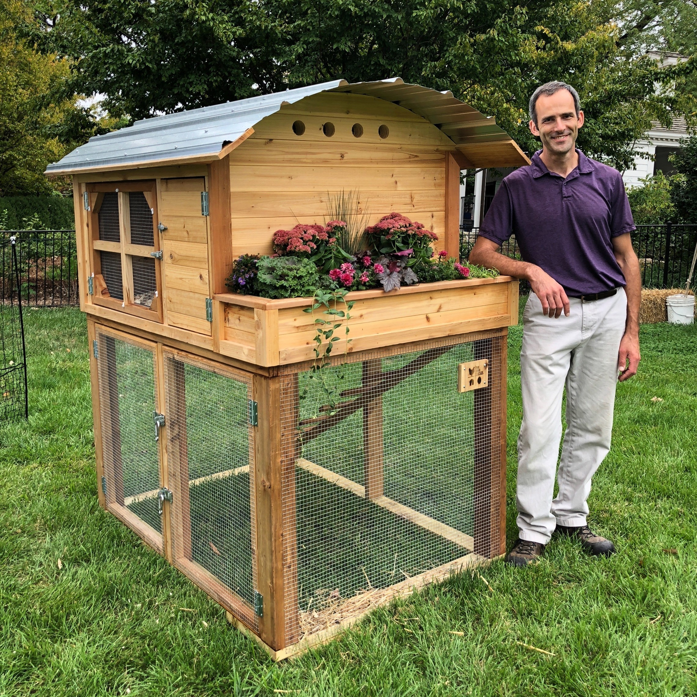 Seth Jansen and Deluxe Chicken Coop
