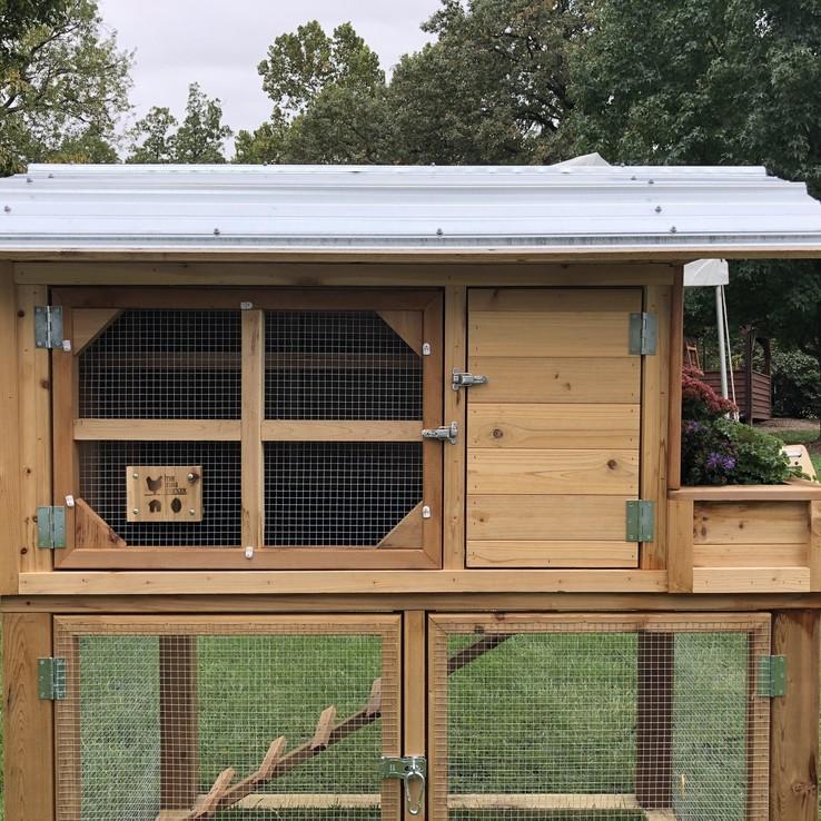 Deluxe chicken coop side view